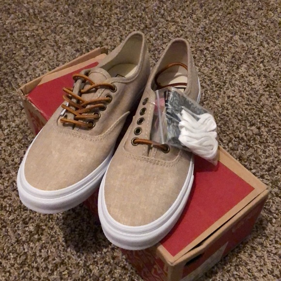 ce3b32ce0d Vans Cream colored